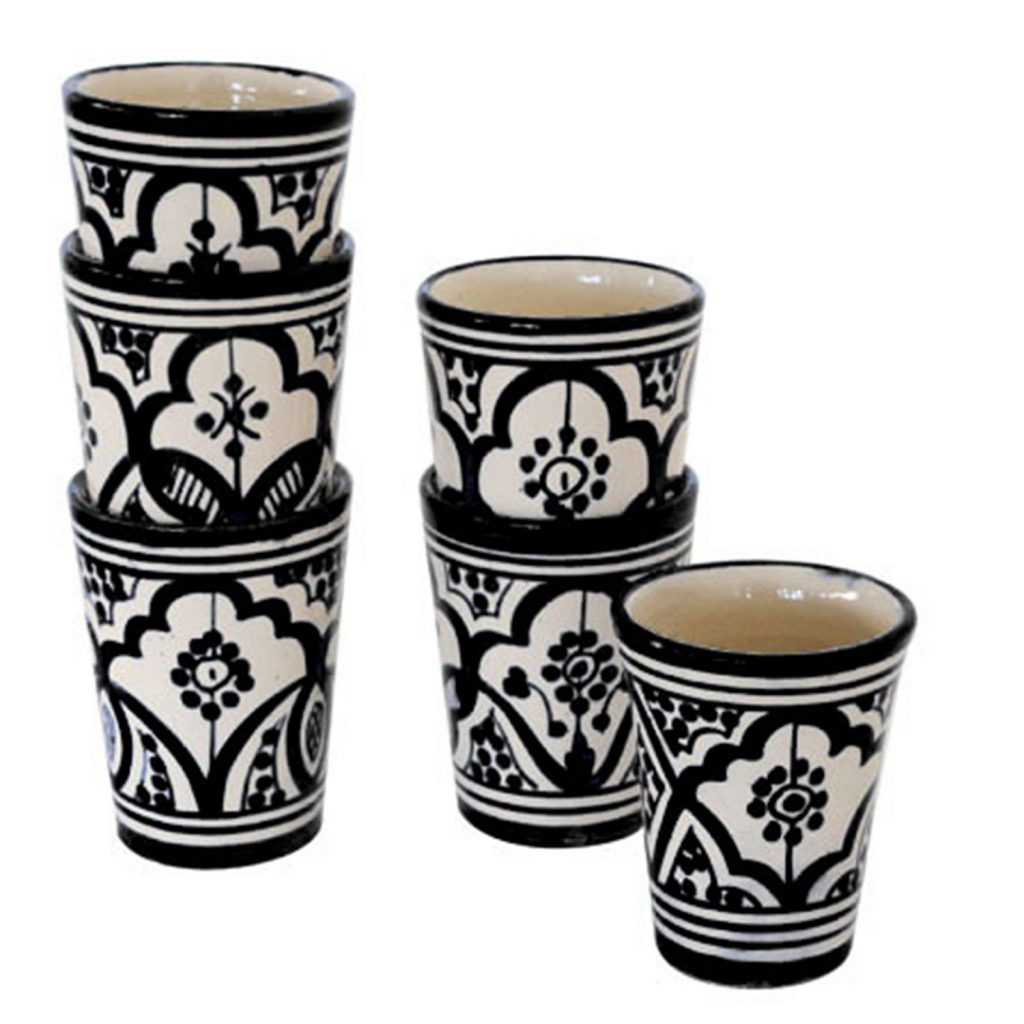 Ceramic mug Moroccan pattern black