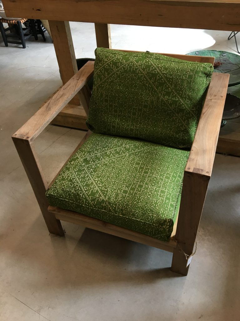 Walnut relax chair