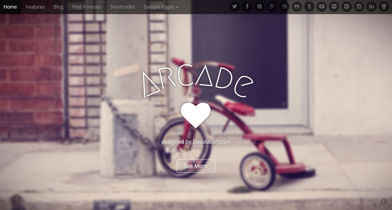 Arcade Basic Gratis WordPress template